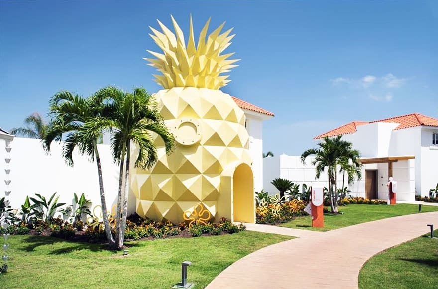Under Sea Pineapple House