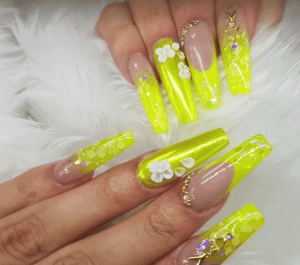 Different Nail Design Ideas With Glitter And Sparkles Trend Crown